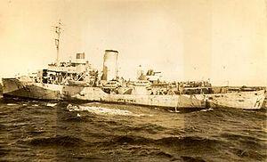 HMCS Arrowhead - Image: Canadian Flower Class Corvette H.M.C.S. Arrowhead