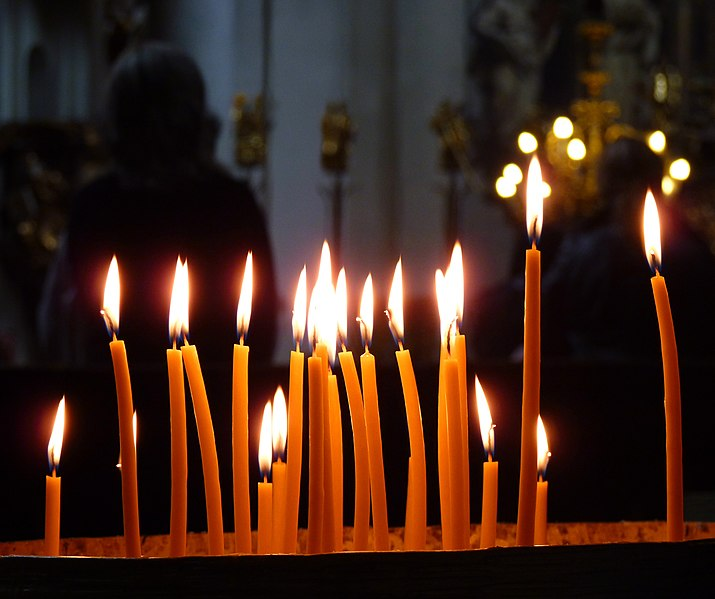 File:Candles in the church.jpg