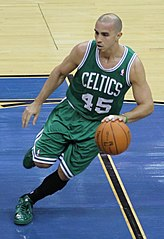 Arroyo w barwach Boston Celtics (2011)