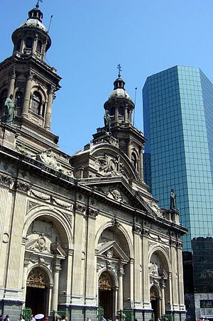 Catedral Metropolitana de Santiago do Chile.jpg