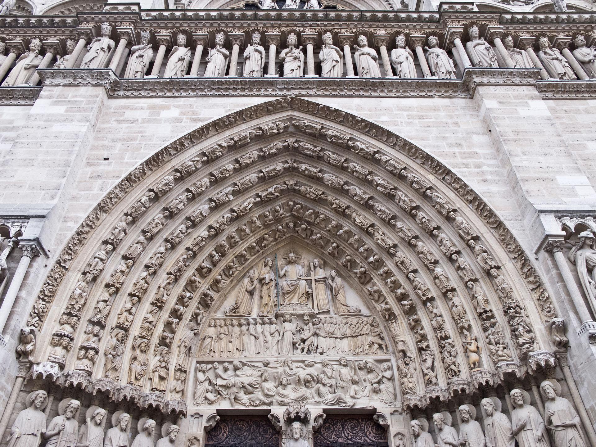 1920px-Cath%C3%A9drale_Notre-Dame_de_Par
