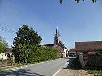 Champrond-en-Gâtine et son église Saint-Sauveur.JPG