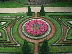 Chateau angers jardin interieur.jpg