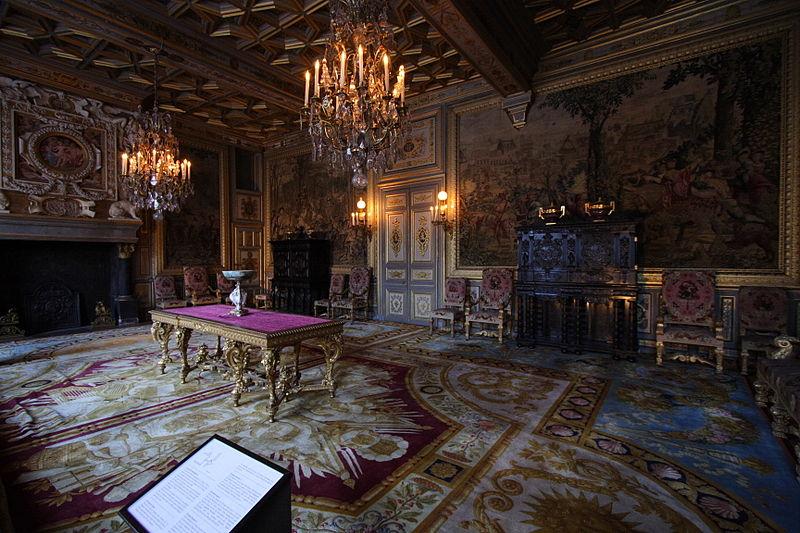 Fichier:Chateau de Fontainebleau FRA 022.JPG