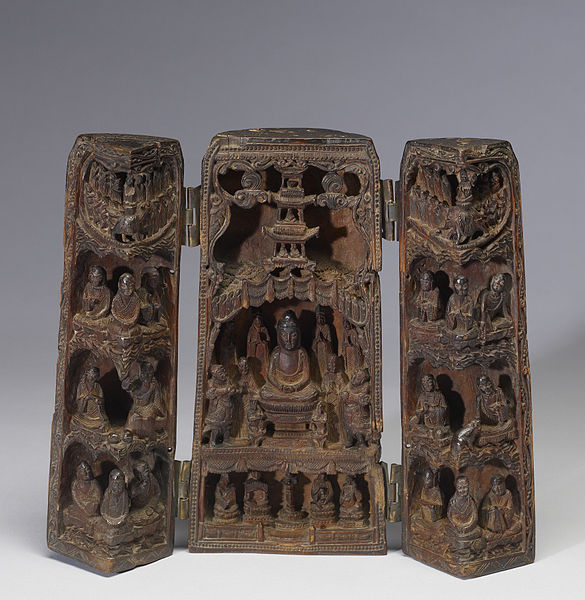 File:Chinese - Portable Buddhist Shrine - Walters 61266 - Front Open.jpg