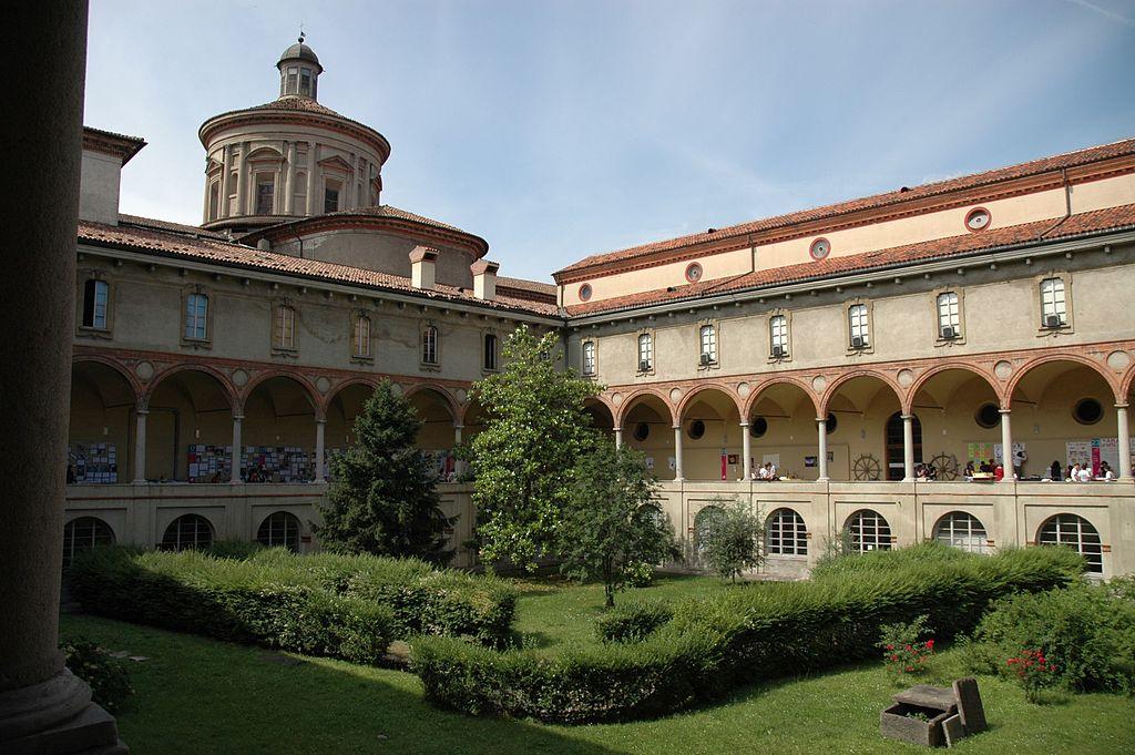 Chiostro Museo scienza e tecnologia Milano DSC 0128