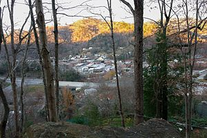 Whitesburg, Kentucky - Image: City of Whitesburg Overlook from Town Hill Trail
