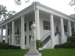 The Claiborne Parish Courthouse was built in 1860 in Greek style. It served as a point of departure for Confederate troops.