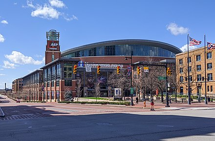 Nationwide Arena, home of the NHL's Columbus Blue Jackets Columbus, OH - Nationwide Arena.jpg