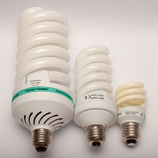 Compact fluorescent light bulbs 105W 36W 11W