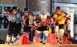 Crashed Ice Québec 2011.jpg