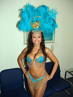 Creolé Show - Samba dancer 4