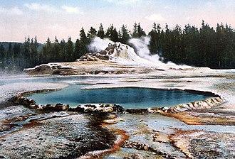 Crested Pool - Image: Crested Pool Castle Geyser Postcard Haynes