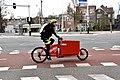 Cycloon fietskoerier - Amsterdam (36804494732).jpg