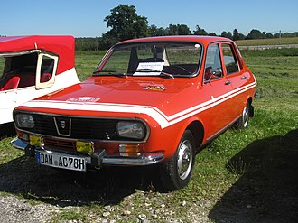4 Months, 3 Weeks and 2 Days - A red Dacia was used in production.