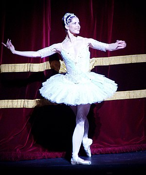 Darcey Bussell - Bussell at a curtain call after a performance of  Theme and Variations
