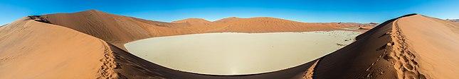 Dead Vlei, Sossusvlei, Namibia, 2018-08-06, DD 041-049 PAN.jpg