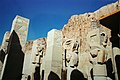 Deir-El-Bahri, Temple of Hatshepsut Hathor Statues (9794963296).jpg