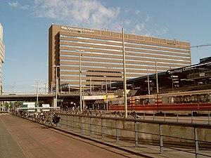Den Haag, centraal station achterkant foto2 2009-05-22 09.47.JPG