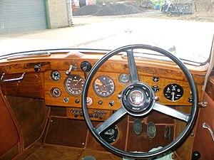 Bentley Mark V - Image: Derby Bentley MK V dashboard