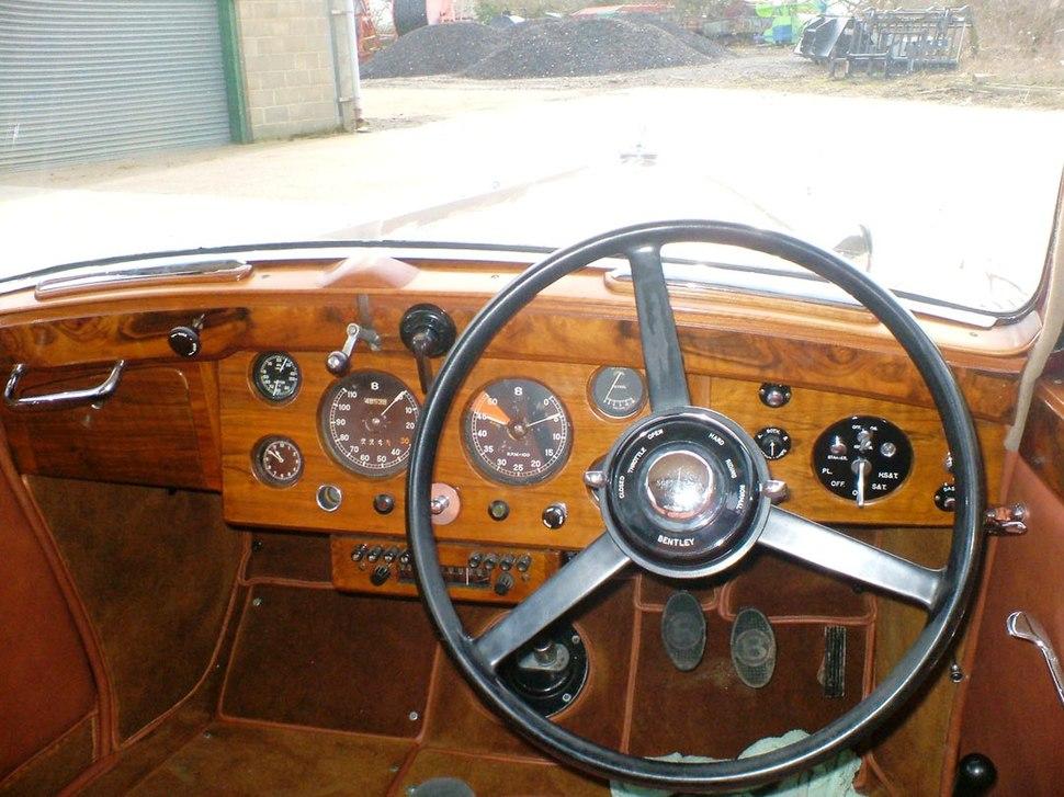 Derby Bentley MK V dashboard