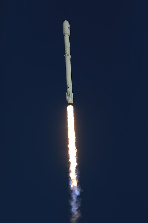 Despegue Falcon 9 TESS 05.jpg