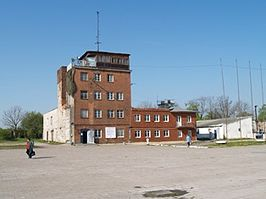 Devau main building 2006.JPG