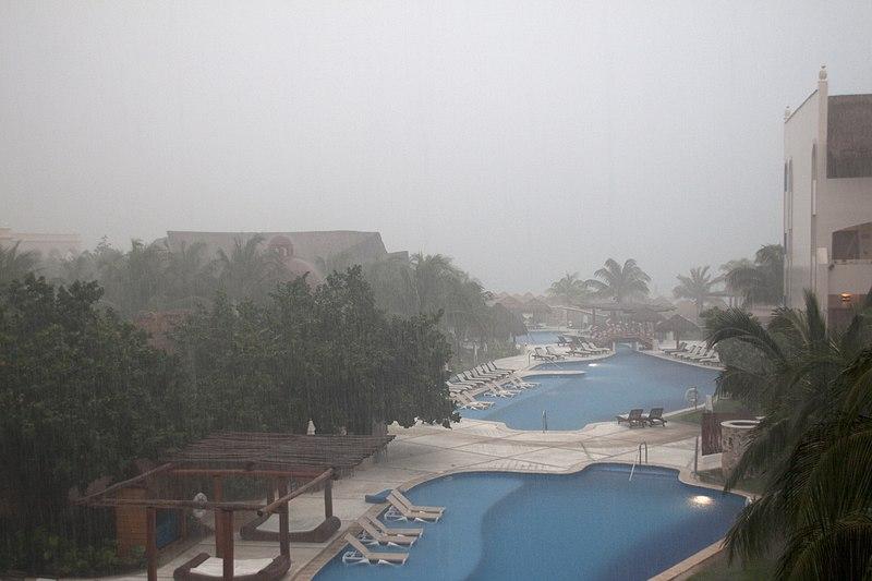 Época de furacão em Cancún