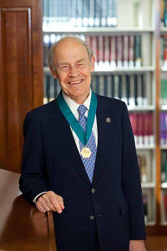 Dudley R. Herschbach - Herschbach with AIC Gold Medal, 2011