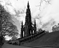 Edinburgh (32649847623).jpg