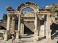 Efeso, tempio di adriano 05.JPG