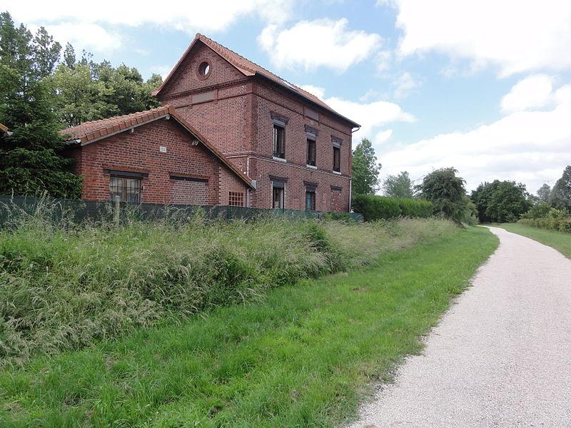 Effry (Aisne) ancienne gare, Axe vert de la Thiérache