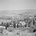 Ein Karem. Panorama van de plaats met het omliggende heuvelland, Bestanddeelnr 255-2788.jpg