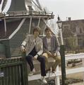 Eurovision Song Contest 1980 postcards - Sverre Kjelsberg & Mattis Hætta 09.png