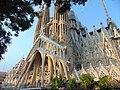 Exterior of the Sagrada Família 06.jpg