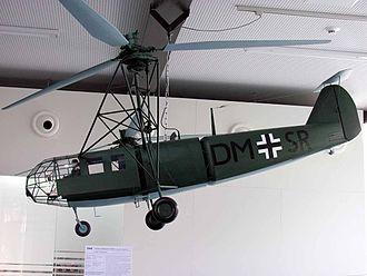 Focke-Achgelis Fa 223 - A model of a Fa 223 at the Hubschraubermuseum Bückeburg (Bückeburg Helicopter Museum)