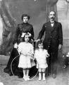 Família Castells-Roldós 1914aprox.tif