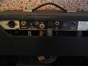 Fender Princeton - Image: Fender Princeton back