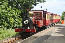 Fenella approaching Port St Mary station (27957262580).jpg