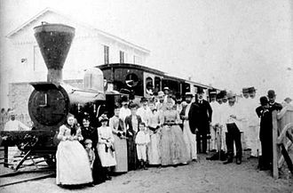"Philippine National Railways - Passengers posing in front of the ""Ferrocarril de Manila y Dagupan"" (c. 1885)"
