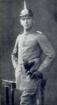 Fliegerleutnant Max Immelmann vor 1915.png