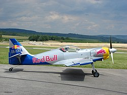 A Flying Bulls Aerobatics Team egyik Zlín Z–50LX gépe