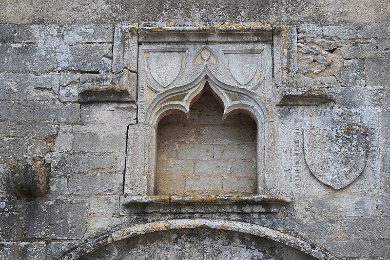 File:Fontaine-le-Comte Notre-Dame 605.jpg