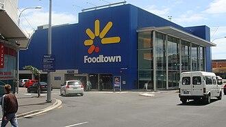 Countdown (supermarket) - Foodtown, Central Auckland 2008