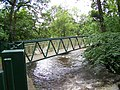 Footbridge from Myrtle Park across the River Aire - geograph.org.uk - 471328.jpg