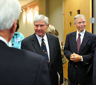 Bob Graham - Former Senator Graham (center), with former Florida Governor Buddy MacKay (right) at the dedication ceremony for Pugh Hall, home of the Graham Center for Public Service at the University of Florida.