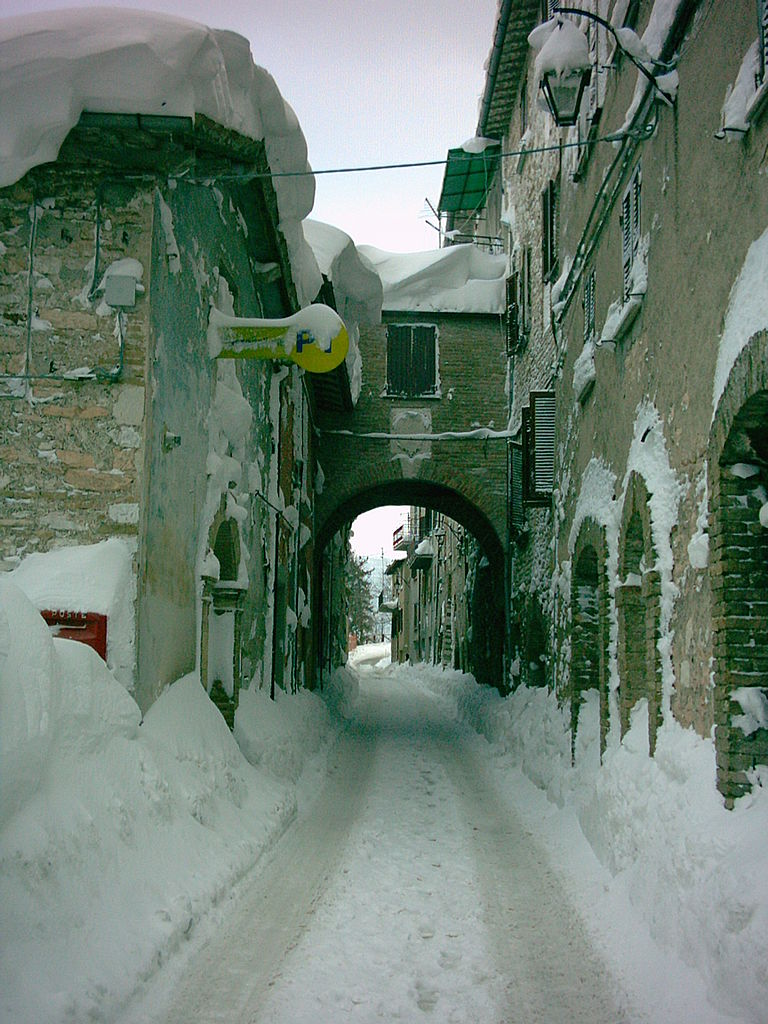 Fossato Di Vico Italy  city pictures gallery : Original file  1,728 × 2,304 pixels, file size: 710 KB, MIME type ...