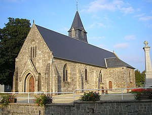 FranceNormandieCoursonEglise.jpg