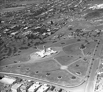 Fremantle War Memorial - An aerial photograph of the memorial taken by Frank Hurley in the 1930s.