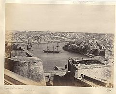 Frith, Francis (1822-1898) - n. 1968 - Grand Harbour - Malta.jpg